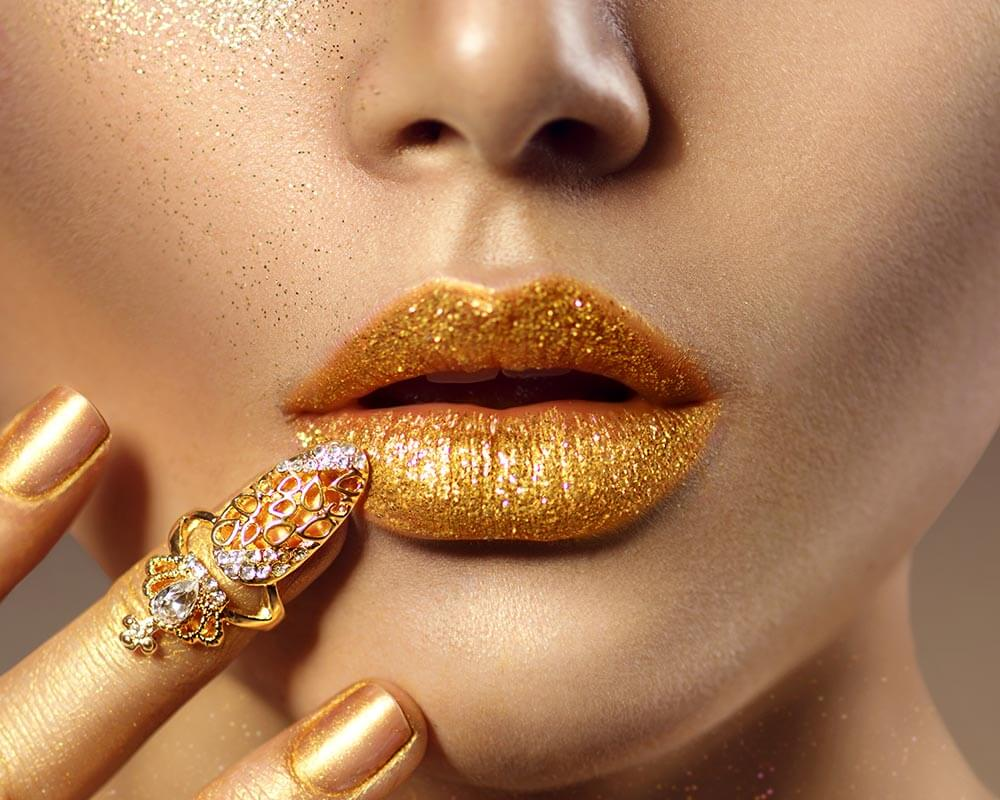 Golden-lips